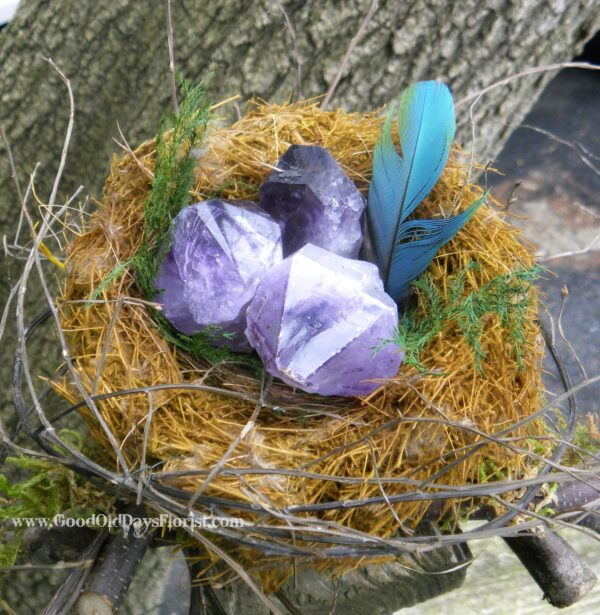 birds nest with crystals