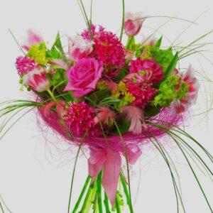 bouquet in a nest bouquet